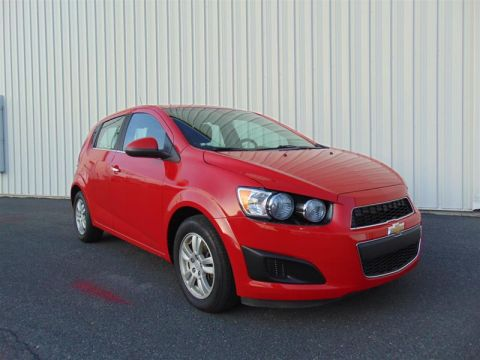 2013 Chevrolet Sonic LT 5 Dr Hatchback at