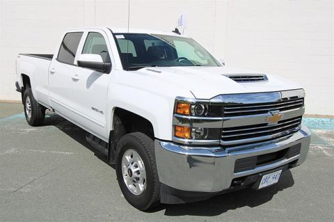 Certified Pre-Owned 2018 Chevrolet Silverado 2500 Crew 4x4 LT Long Box Pick up - Demo