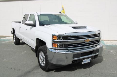 Pre-Owned 2018 Chevrolet Silverado 2500 Crew 4x4 LT Long Box Pick up