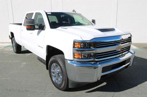 Certified Pre-Owned 2018 Chevrolet Silverado 3500 Crew 4x4 LT / Standard Box Pick up