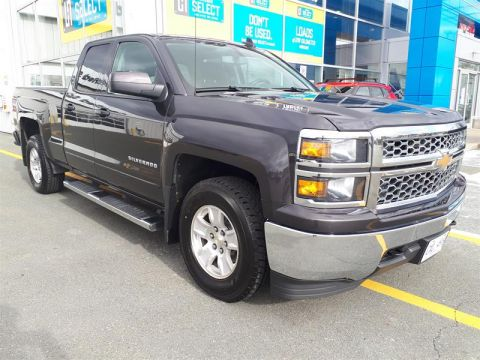 Certified Pre-Owned 2015 Chevrolet Silverado 1500 Double 4x4 LT / Standard Box Pick up