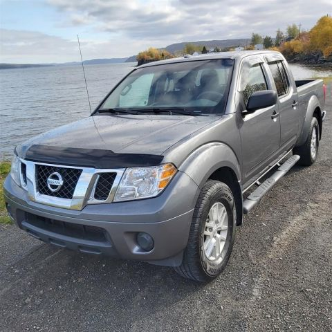 Pre-Owned 2017 Nissan Frontier Crew Cab SV 4x4 at Pick up