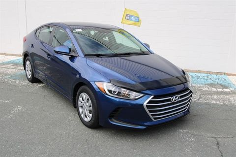 Pre-Owned 2017 Hyundai Elantra Sedan SE Front Wheel Drive 4-Door Sedan